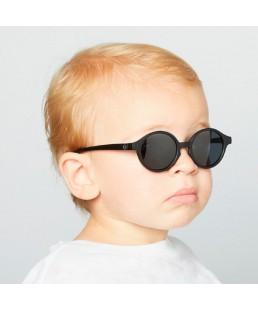 Gafas de sol Kids Izipizi Black LifeStyle 12 - 36 meses