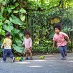 Cocodrilos Arrastre Arcoiris de Plantoys lifestyle