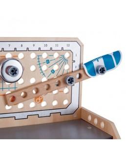 Banco de trabajo  herramientas e inventos de sobremesa